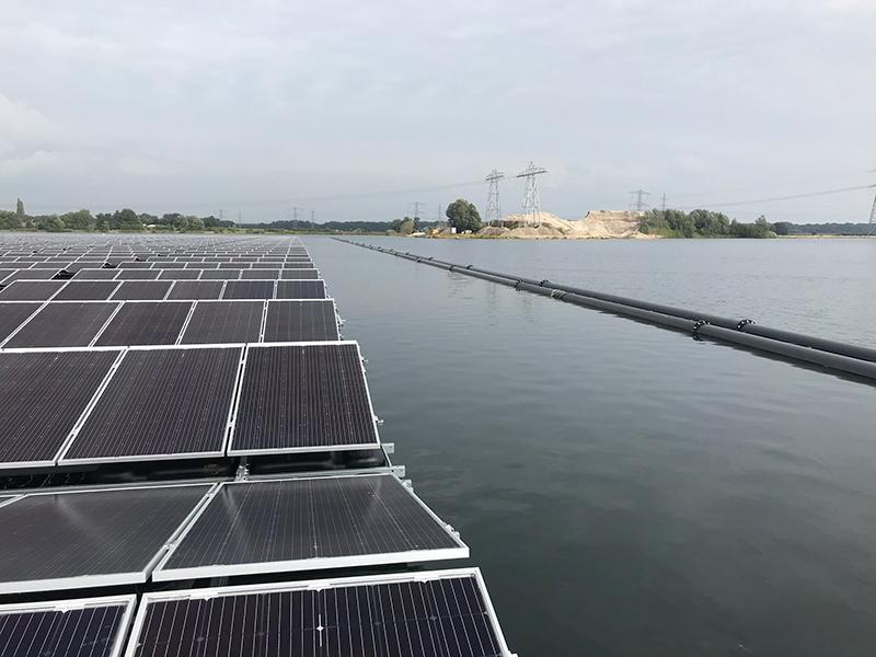pv-floating-mooring-anchor-installation-2